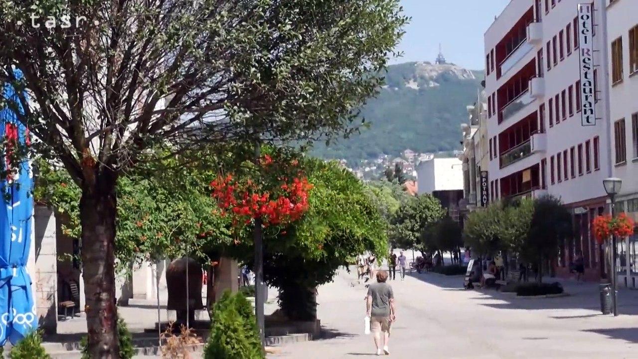 Na pešej zóne v Nitre nainštalovali osviežovače vzduchu