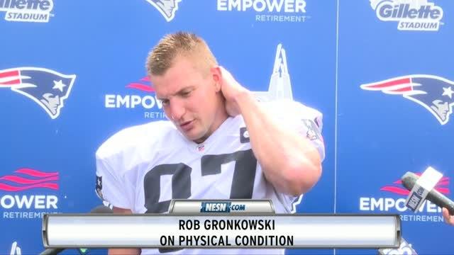 Rob Gronkowski Comments On Tom Brady Turning 40