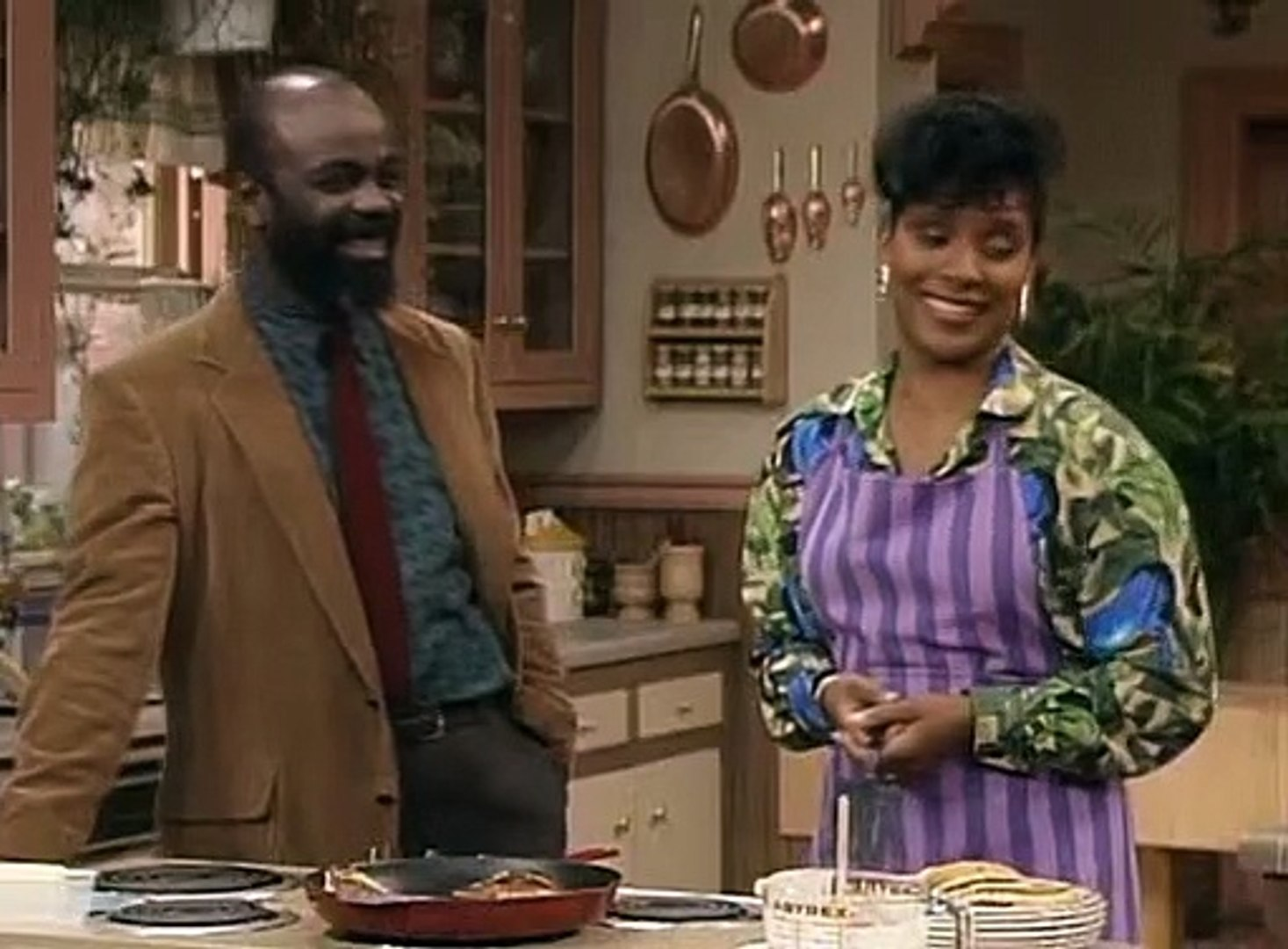 The Cosby Show S07E02 Bird İn The Hand