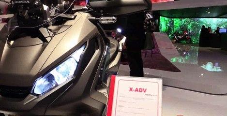 2017 Honda X-Adv 750 Maxi Scooter - Walkaround - 2016 EICMA Milan (2)