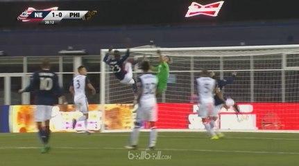 Pemain Ini Bikin Gol Karate Keren ala Zlatan Ibrahimovic!