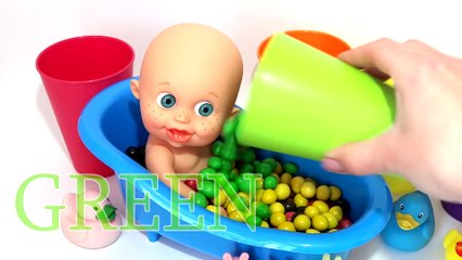 Learn Colors M&M Chocolate Baby Doll Bath Time Surprise Toys With Nursery Rhymes Finger Family song