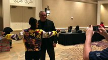 Bayley shows off her Razor Ramon jacket to Razor Ramon himself