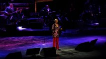 Dionne Warwick Sings Ill Never Love This Way Again At 2017 Tribeca Film Festival
