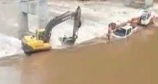 Cet ouvrier est un héros : il a sauvé plusieurs collègues piégés dans les inondations !