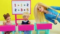 Poupée n / A Portugais histoire Gustavinho essayer de coller premier test de mathématiques sur barbie
