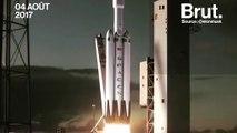 Elon Musk présente son nouveau lanceur de fusée : le Falcon Heavy