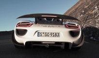 VÍDEO: ¡Ponte a soñar! 19 Porsche 918 Spyder por 25 puertos en Los Alpes