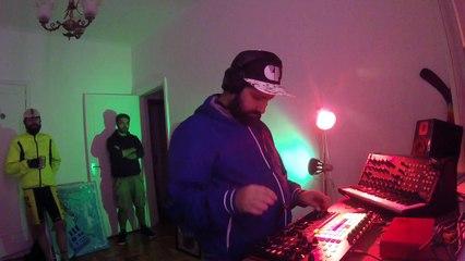 SAKR Live - Quarto/Fresta