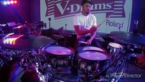 Amazing!!! Drummer skills groove Tony royster jr