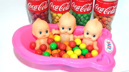Learn colors with Baby Doll and M&M Chocolate, Songs Finger Family and Nursery Rhymes for Kids