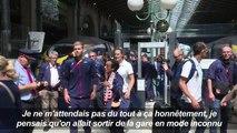 Athlétisme: les médaillés français fêtés par des fans à Paris
