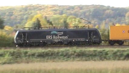 Züge bei Unkel am Rhein, ERS 189, RTS 182, MRCE 182, 3x 185, 143, 4x 425