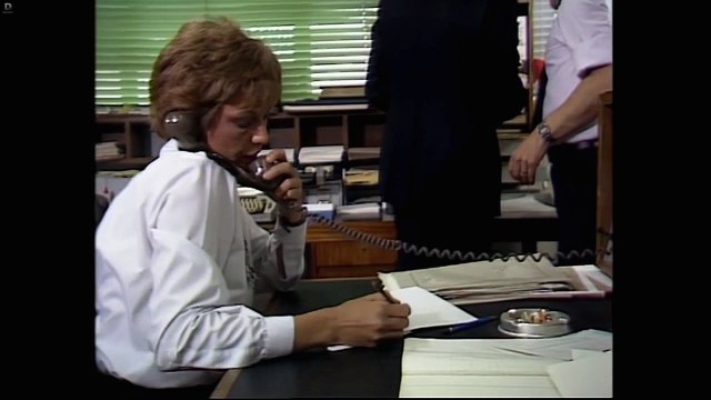 The Bill Series 1 Episode 1 - Funny Ol' Business - Cops and Robbers