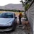 Ouvrir une Peugeot 206 sans la clé