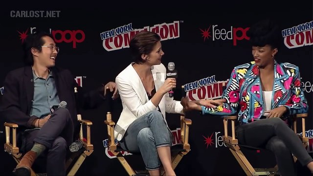 Lauren Cohan crying The Walking Dead Panel NYCC 2016 Madison Square Garden