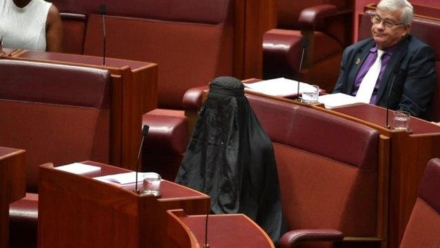 Avustralya'da Irkçı Vekilin Burka Şovu Dünya Gündemine Oturdu