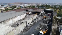 Yanan Fabrikadaki Kayıp Kişiyi Arama Çalışmaları Sürüyor