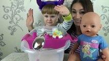 Bébé née avec Bébé né poupée fille aperçu interactif du baby-boom en 2016 porte-sucette
