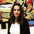 Alejandra Barros ya  está en el estudio para platicar de #Sylvia