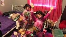 Y bebé mala cuarto de baño familia en en vida lío gemelos Bloopers outtakes capri isabel real |