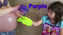 Apprendre les couleurs avec maman ventre et coloré shampooing bouteilles enfants apprentissage des jeux enfants Apprendre