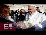 Miles de fieles cantan 'Feliz cumpleaños' al Papa / Ricardo Salas