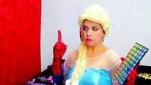 Et bras défi gelé drôle dans maquillage souris mon pas farce homme araignée contre Elsa w mickey