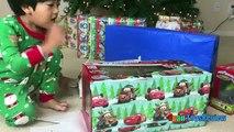 Navidad para Niños por la mañana apertura regalos sorpresa juguetes 2016 ryan toysreview
