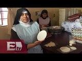 Hermanas de Ecatepec elaboran hostias que comerá el papa Francisco  Kimberly Armengol