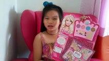 Por moda hacer juguete hasta maquillaje de Barbie