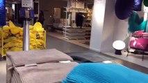 Meubles transporter domicile maison embroché achats voyage Ikea |