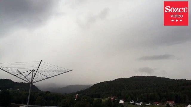 Fırtınayı izlerken canından oluyordu