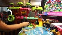 Animal de compagnie Boutique sur avec Little Pet Shop / Littlest maison darbre un bébé animaux marche
