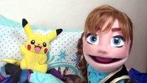 Menue verser anna princesse de la reine des neiges et pikachu malade | histoires de jouets