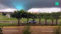 En plein ouragan Harvey, d'impressionnantes tornades frappent le Texas