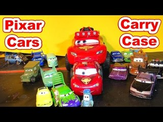Pixar Cars Carry Case with Off Road Lightning McQueen and RC McQueen
