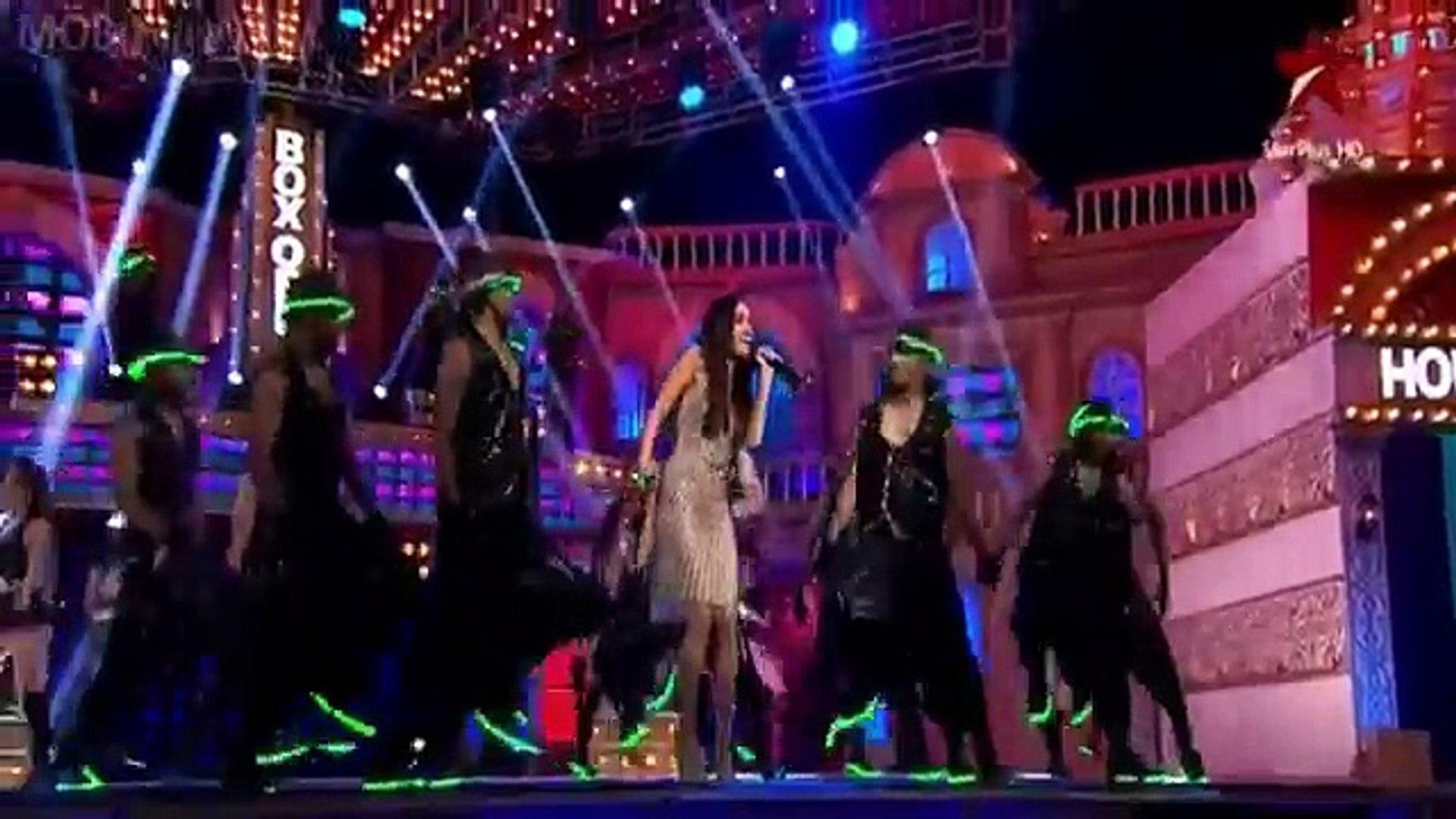 Shraddha Kapoor First Live Singing Performance - Star Box Office India 2014 HD