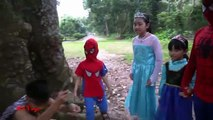 Gelé elsa et anna aux champignons forestiers tarzan rencontré spiderman accompagné par le docteur Mario mn