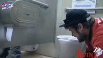 Dix disparu Nouveau novembre farce farces toilette sommet mal compilation