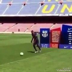 Dembele lors de sa présentation au Barça...