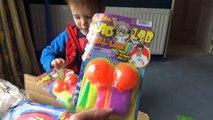 Et ours boîte de gommeux jouets déballage avec et avec lenvoi de jouets robe de Cendrillon déballer