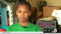Cet enfant de 10 ans a inventé un appareil pour sauver les enfants oubliés dans les voitures au sole