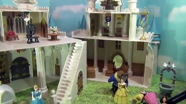 HUGE Disney Cinderella Castle Magic Kingdom Miniature Disneyland Walt Disney Fairytale Fig