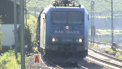Bahnen und Schiffe bei Lorch am Rhein, Railtraxx 185, 2x 152, ICE 3, 101, Süwex 429, 428, 427