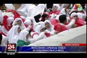 Musulmanes lapidan al diablo en peregrinación a La Meca