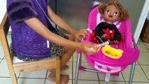 Vivant et bébé poupée poupées oreilles Télécharger Comment enfants transpercer percé à Il type de Ag |