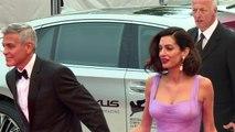 Mostra: George Clooney et Amal Alamuddin sur le tapis rouge