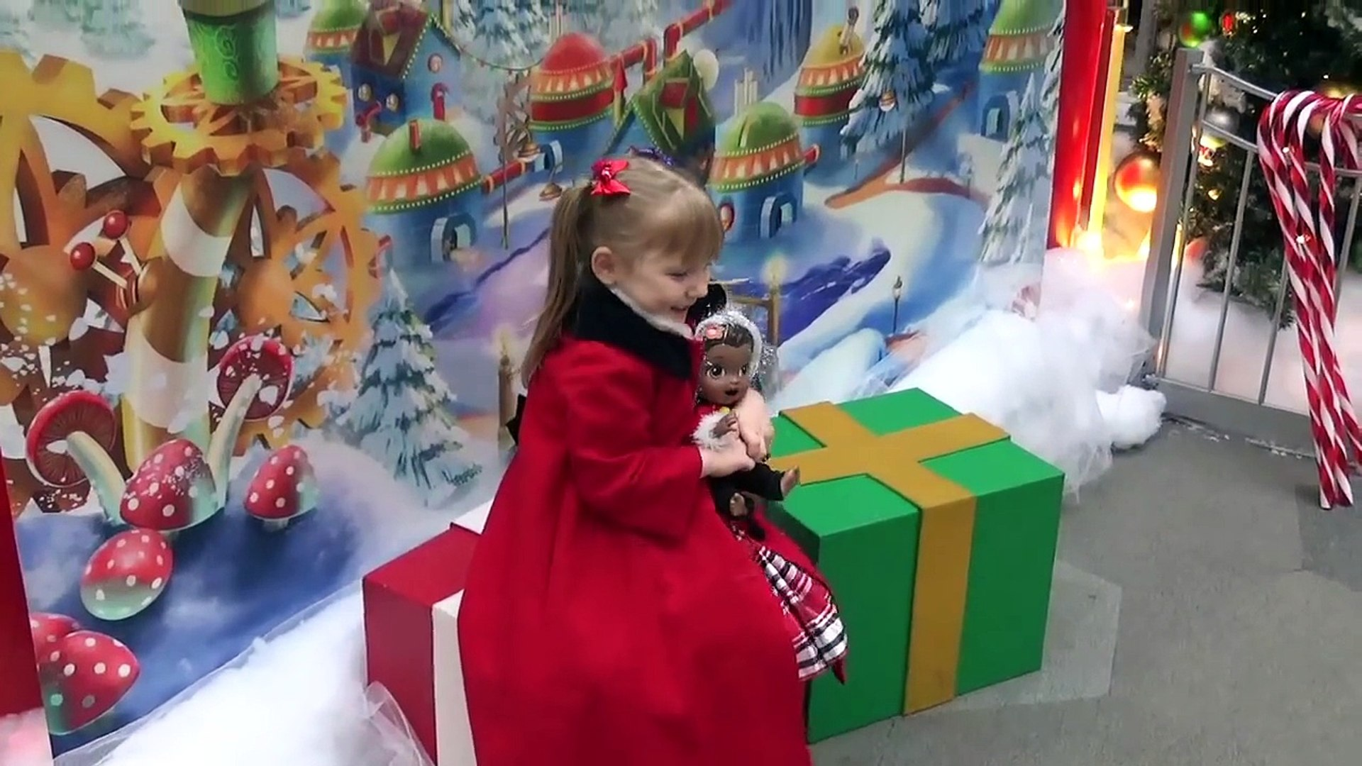 BABY ALIVE visits SANTA! The Lilly and Mommy Show! Santas Head Quarters!