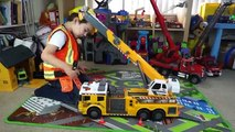 Construction Vehicles - Dickie Toys Crane Truck Toy Unboxing and Review